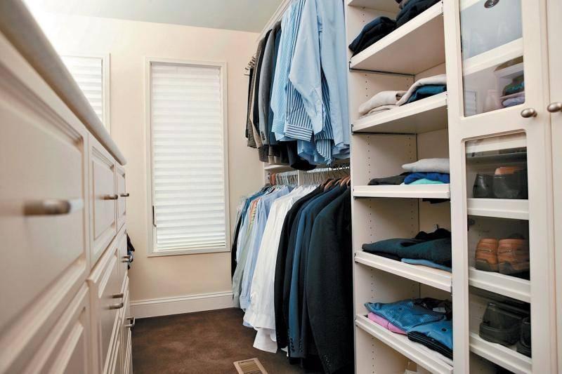 Как сделать гардеробную из кладовки своими руками, нюансы планирования