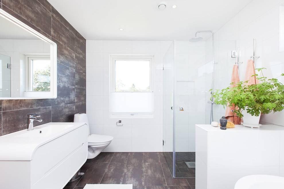 Белая плитка в ванной: фото примеров оформления интерьера