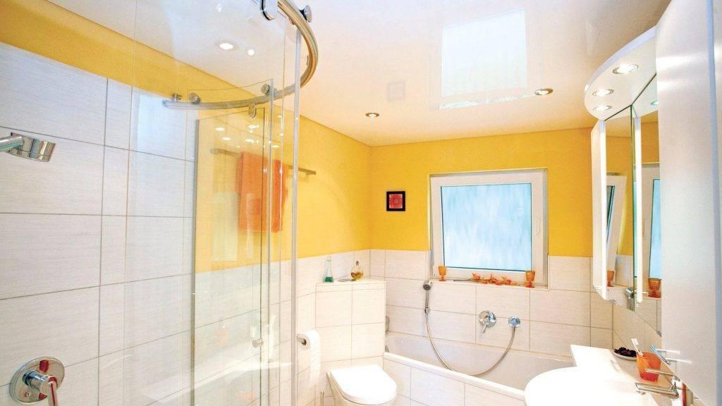 Как выбрать и смонтировать подвесной потолок в ванной