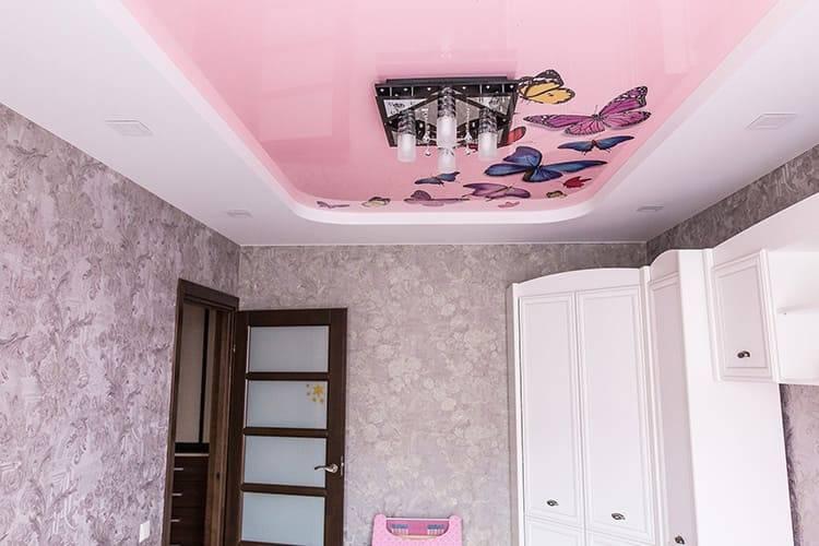 Натяжной потолок в детской комнате - фото и гид по выбору