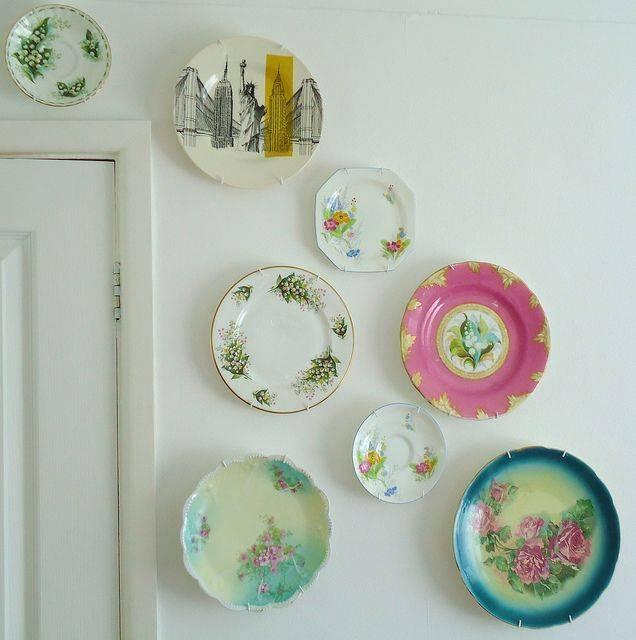 Как сделать подставку под тарелку своими руками. декоративные тарелки на стену своими руками. использование тарелок в декоре