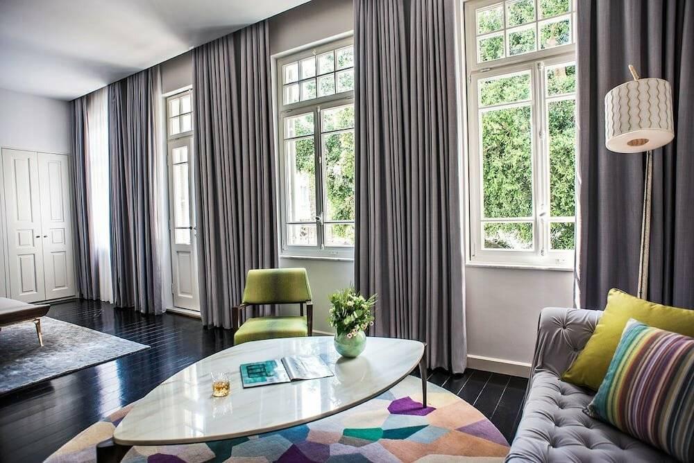 Новинки штор в гостиную: 130 фото современных моделей и красивых идей