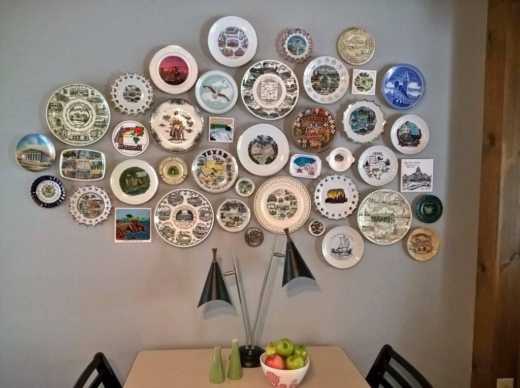 Декоративные тарелки на стену, расписанные своими руками