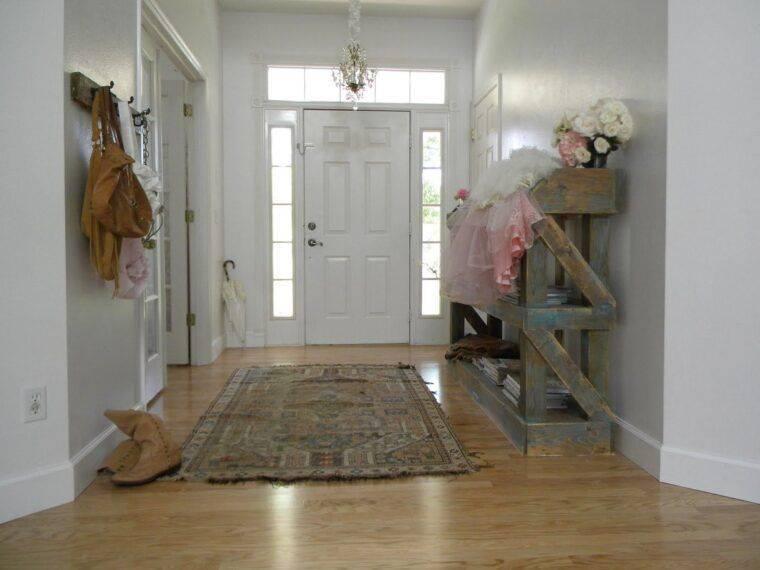 Дизайн прихожей в частном доме: фото удачных решений, свет, декор